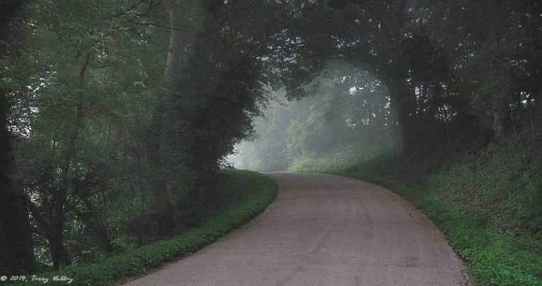 CURVING ROAD WITH LIGHT - BRITHERE